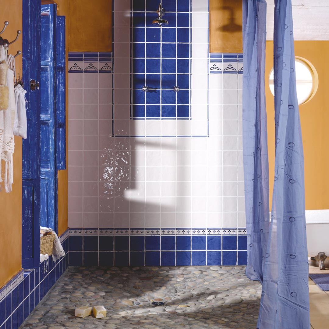 Ceramic heritage for Bathrooms | Aranda