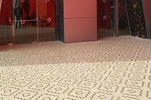 ceramic osb tile Seriaki with green pyramid pattern