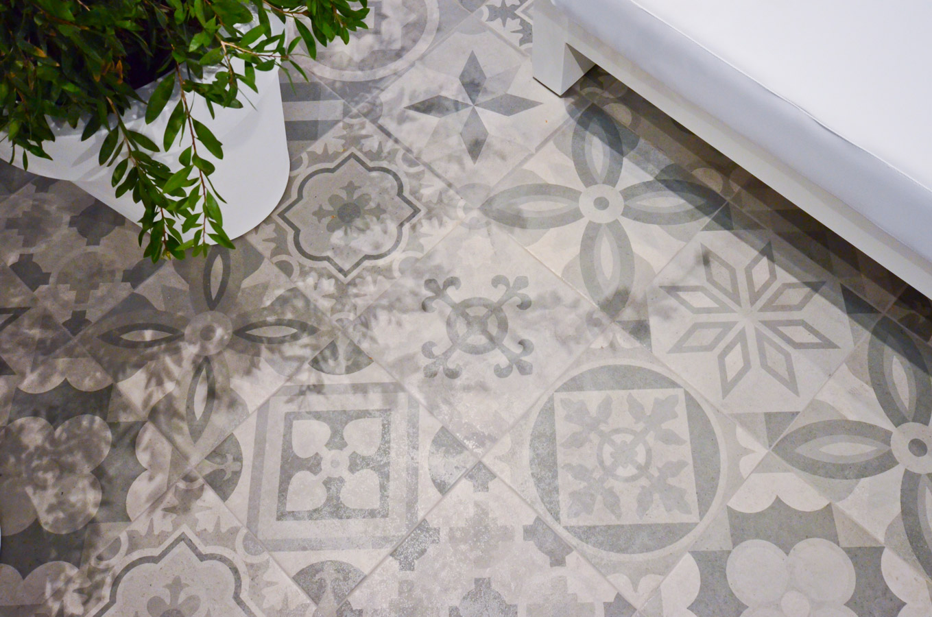 Vives floor tiles porcelain ribadeo 30x30 for Carrelage exterieur 30x30