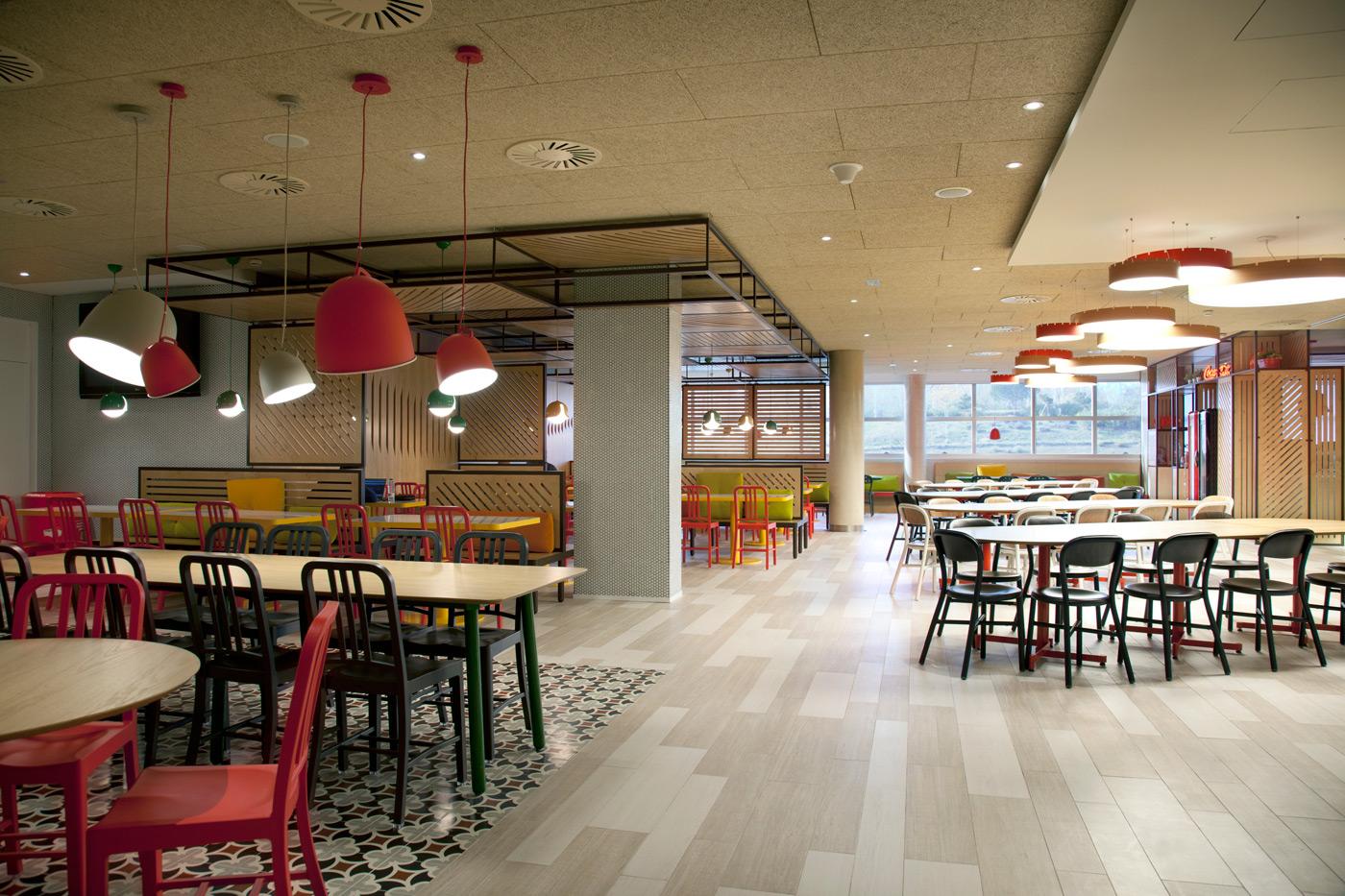 Cocacola comedor vives azulejos y gres for Comedor para oficina